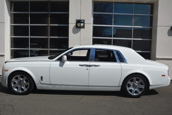Used 2014 Rolls-Royce Phantom for sale Sold at Aston Martin of Greenwich in Greenwich CT 06830 4