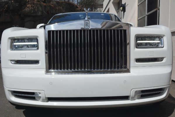 Used 2014 Rolls-Royce Phantom for sale Sold at Aston Martin of Greenwich in Greenwich CT 06830 7
