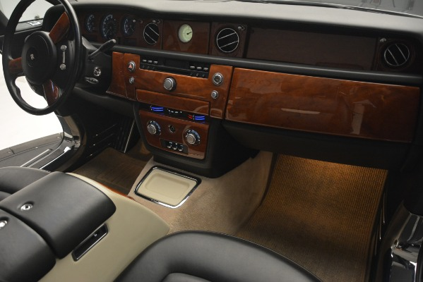 Used 2008 Rolls-Royce Phantom Drophead Coupe for sale Sold at Aston Martin of Greenwich in Greenwich CT 06830 27