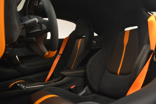 New 2019 McLaren 570S Coupe for sale Sold at Aston Martin of Greenwich in Greenwich CT 06830 18