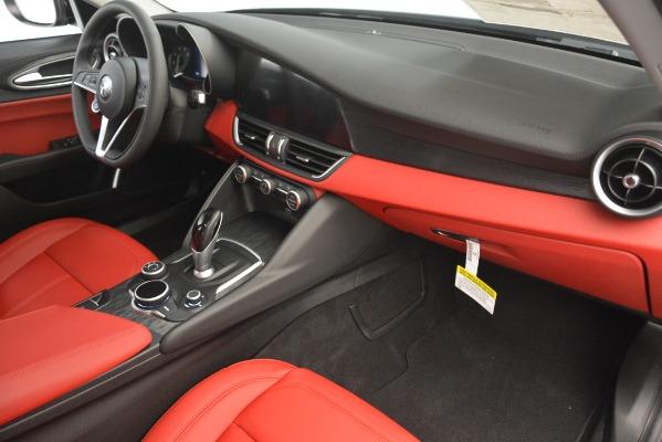 New 2019 Alfa Romeo Giulia Q4 for sale Sold at Aston Martin of Greenwich in Greenwich CT 06830 22