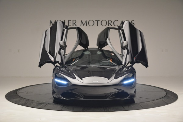 New 2019 McLaren 720S Coupe for sale $351,470 at Aston Martin of Greenwich in Greenwich CT 06830 13