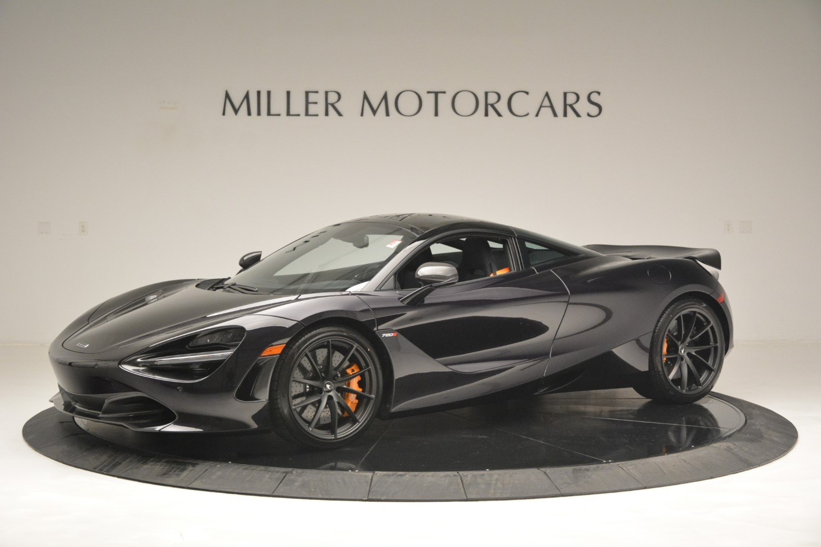 New 2019 McLaren 720S Coupe for sale $351,470 at Aston Martin of Greenwich in Greenwich CT 06830 1