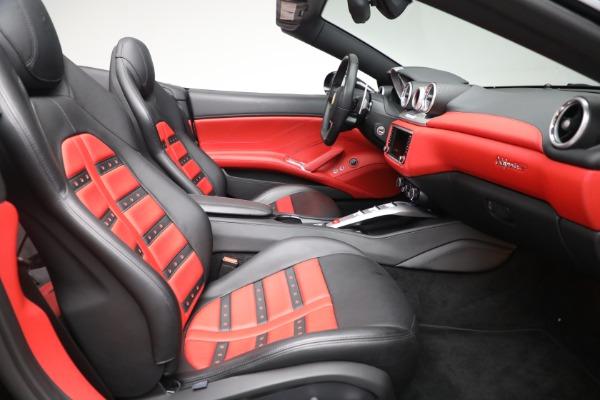 Used 2016 Ferrari California T for sale Sold at Aston Martin of Greenwich in Greenwich CT 06830 23