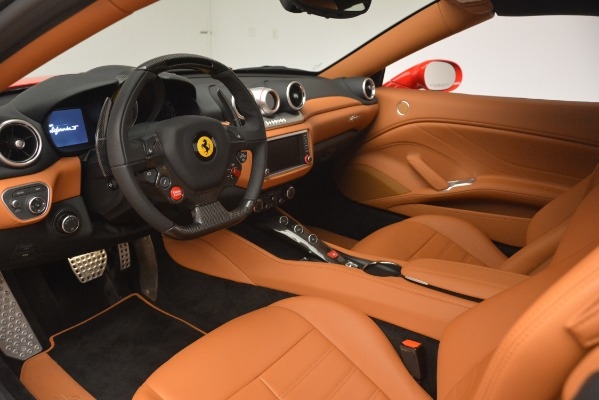 Used 2017 Ferrari California T Handling Speciale for sale $174,900 at Aston Martin of Greenwich in Greenwich CT 06830 19