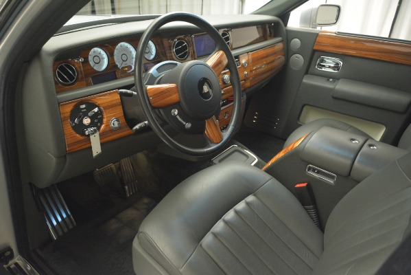 Used 2007 Rolls-Royce Phantom for sale Sold at Aston Martin of Greenwich in Greenwich CT 06830 16