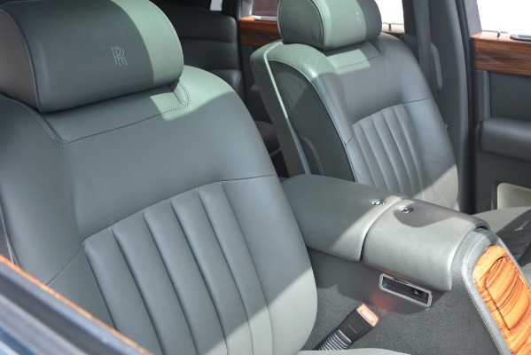 Used 2007 Rolls-Royce Phantom for sale Sold at Aston Martin of Greenwich in Greenwich CT 06830 21