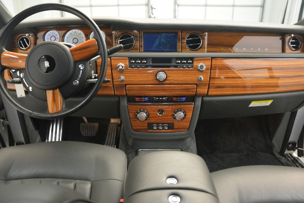 Used 2007 Rolls-Royce Phantom for sale Sold at Aston Martin of Greenwich in Greenwich CT 06830 23