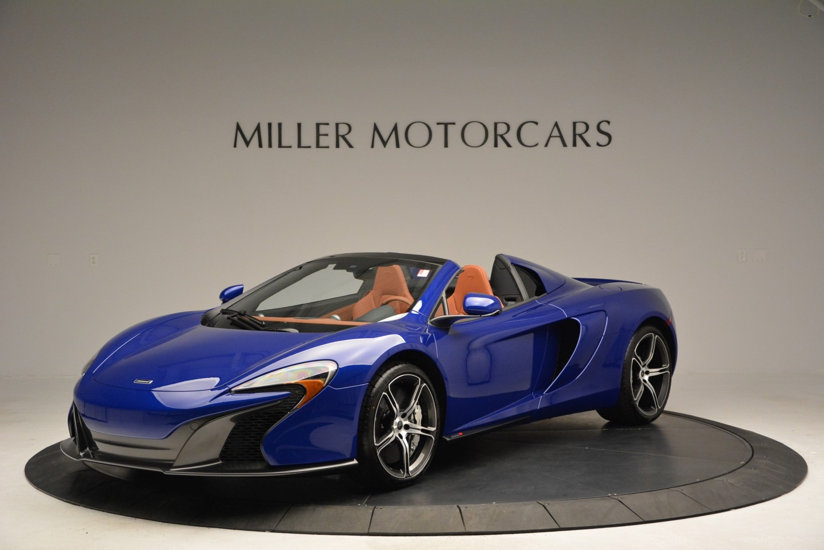 Used 2015 McLaren 650S Spider Convertible for sale Sold at Aston Martin of Greenwich in Greenwich CT 06830 1