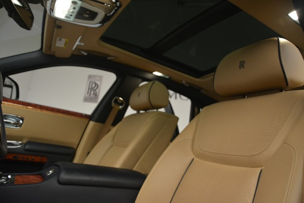 Used 2015 Rolls-Royce Ghost for sale Sold at Aston Martin of Greenwich in Greenwich CT 06830 27
