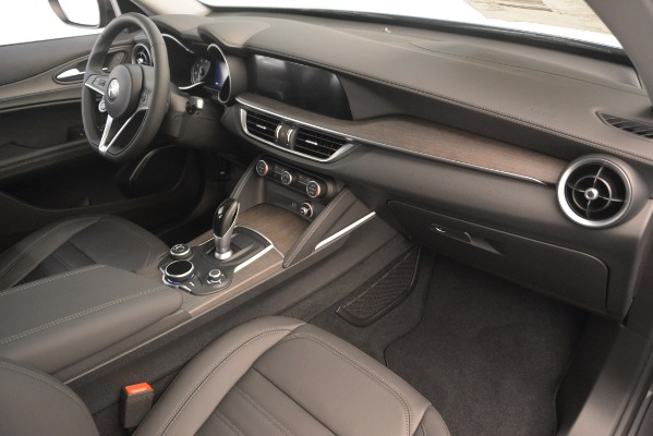 New 2019 Alfa Romeo Stelvio Ti Lusso Q4 for sale Sold at Aston Martin of Greenwich in Greenwich CT 06830 22