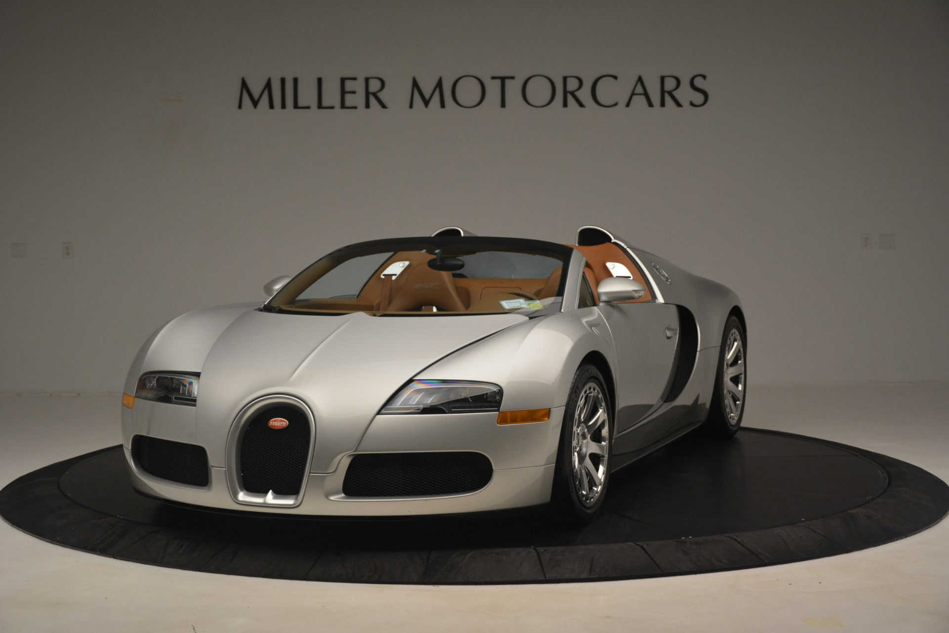 Used 2010 Bugatti Veyron 16.4 Grand Sport for sale Sold at Aston Martin of Greenwich in Greenwich CT 06830 1
