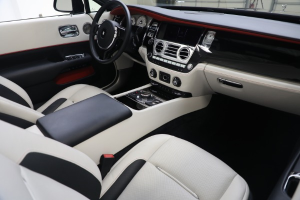 Used 2019 Rolls-Royce Dawn for sale $379,900 at Aston Martin of Greenwich in Greenwich CT 06830 18