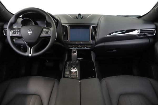 Used 2019 Maserati Levante Q4 for sale Sold at Aston Martin of Greenwich in Greenwich CT 06830 16