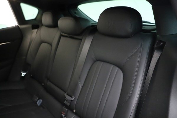 Used 2019 Maserati Levante Q4 for sale Sold at Aston Martin of Greenwich in Greenwich CT 06830 18