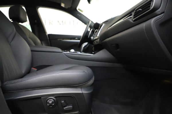 Used 2019 Maserati Levante Q4 for sale Sold at Aston Martin of Greenwich in Greenwich CT 06830 23