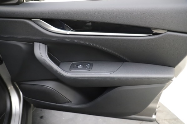 Used 2019 Maserati Levante Q4 for sale Sold at Aston Martin of Greenwich in Greenwich CT 06830 25