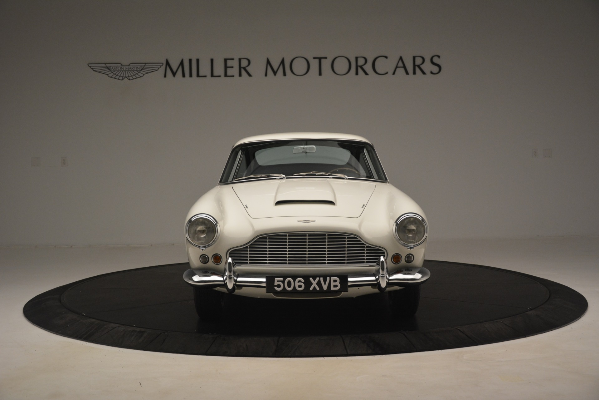 Pre Owned 1961 Aston Martin Db4 Series Iv Coupe For Sale 599 900 Aston Martin Of Greenwich Stock 7567c