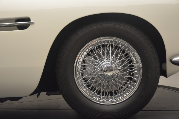 Used 1961 Aston Martin DB4 Series IV Coupe for sale $625,900 at Aston Martin of Greenwich in Greenwich CT 06830 16