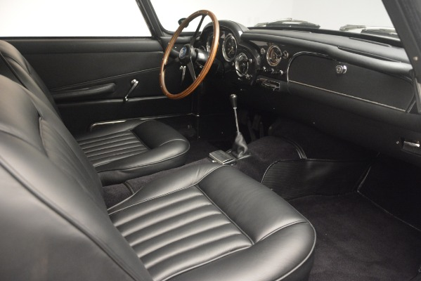 Used 1961 Aston Martin DB4 Series IV Coupe for sale $625,900 at Aston Martin of Greenwich in Greenwich CT 06830 25