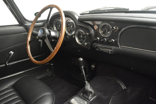 Used 1961 Aston Martin DB4 Series IV Coupe for sale $625,900 at Aston Martin of Greenwich in Greenwich CT 06830 26
