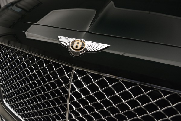 New 2019 Bentley Bentayga V8 for sale Sold at Aston Martin of Greenwich in Greenwich CT 06830 15