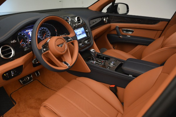 New 2019 Bentley Bentayga V8 for sale Sold at Aston Martin of Greenwich in Greenwich CT 06830 18