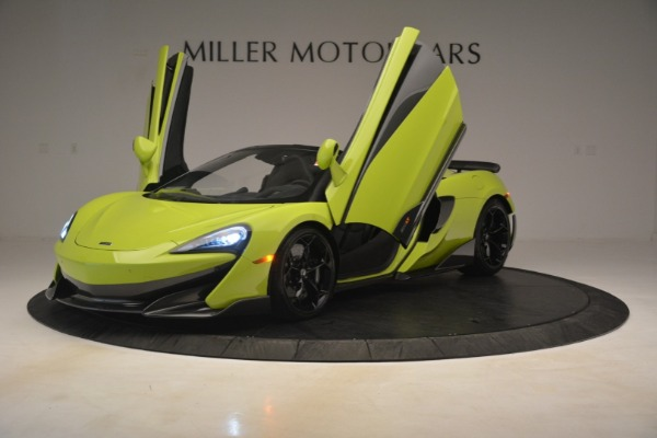 New 2020 McLaren 600LT Spider for sale $281,570 at Aston Martin of Greenwich in Greenwich CT 06830 18