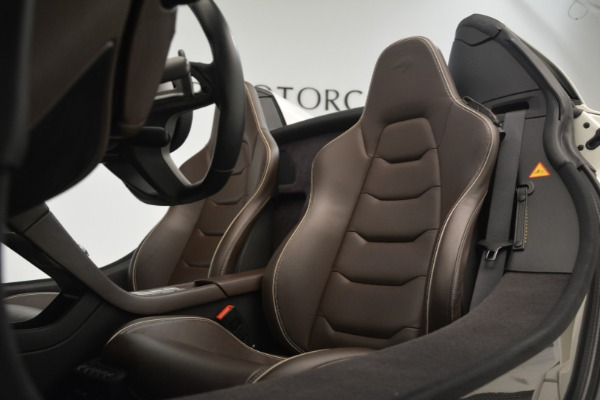 Used 2015 McLaren 650S Convertible for sale Sold at Aston Martin of Greenwich in Greenwich CT 06830 20
