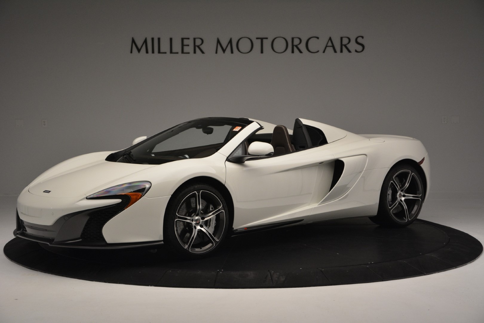 Used 2015 McLaren 650S Convertible for sale Sold at Aston Martin of Greenwich in Greenwich CT 06830 1