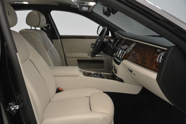 Used 2016 Rolls-Royce Ghost for sale Sold at Aston Martin of Greenwich in Greenwich CT 06830 18
