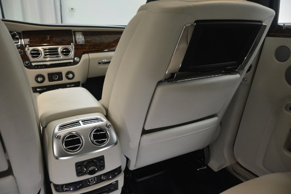 Used 2016 Rolls-Royce Ghost for sale Sold at Aston Martin of Greenwich in Greenwich CT 06830 26