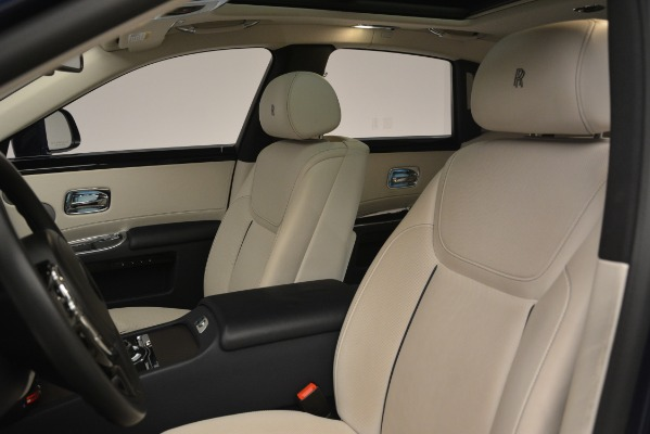 Used 2016 Rolls-Royce Ghost for sale $169,900 at Aston Martin of Greenwich in Greenwich CT 06830 12