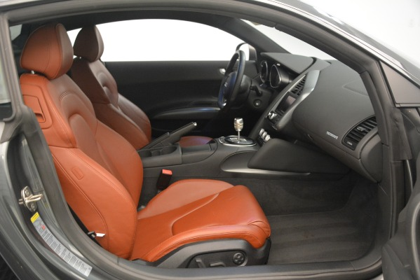 Used 2009 Audi R8 quattro for sale Sold at Aston Martin of Greenwich in Greenwich CT 06830 17