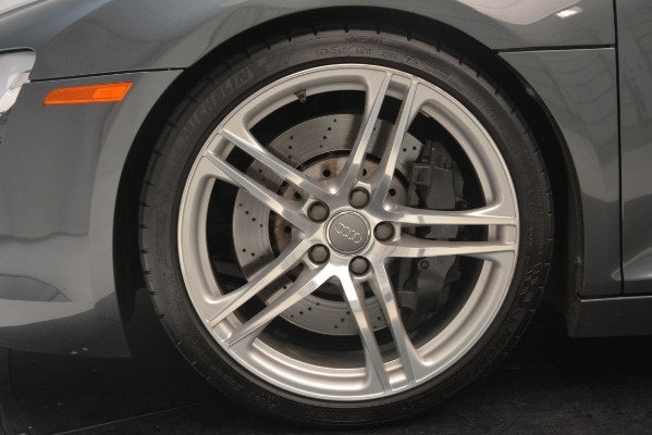 Used 2009 Audi R8 quattro for sale Sold at Aston Martin of Greenwich in Greenwich CT 06830 22
