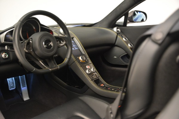 Used 2015 McLaren 650S Coupe for sale $139,900 at Aston Martin of Greenwich in Greenwich CT 06830 21