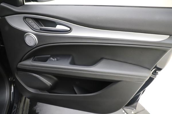 New 2019 Alfa Romeo Stelvio Ti Sport Q4 for sale Sold at Aston Martin of Greenwich in Greenwich CT 06830 25