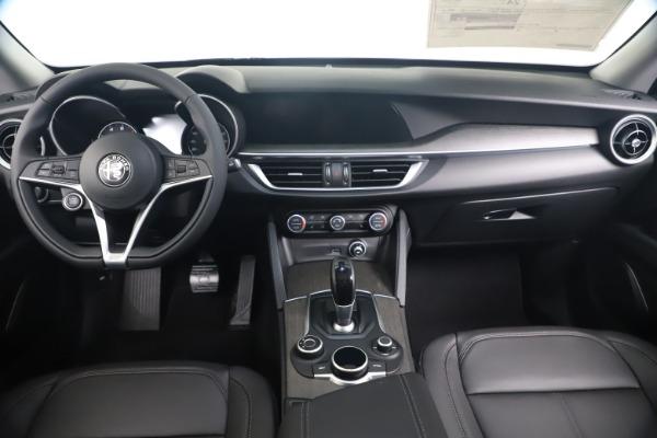 New 2019 Alfa Romeo Stelvio Ti Q4 for sale Sold at Aston Martin of Greenwich in Greenwich CT 06830 16