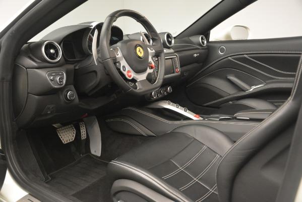 Used 2016 Ferrari California T for sale $141,900 at Aston Martin of Greenwich in Greenwich CT 06830 19