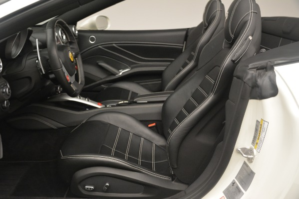 Used 2016 Ferrari California T for sale $141,900 at Aston Martin of Greenwich in Greenwich CT 06830 20