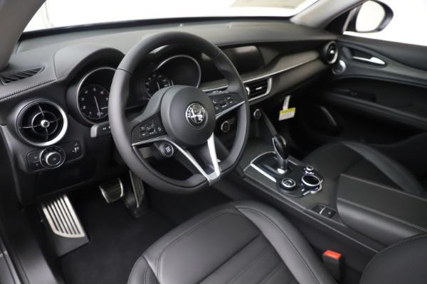 New 2019 Alfa Romeo Stelvio Ti Lusso Q4 for sale Sold at Aston Martin of Greenwich in Greenwich CT 06830 13