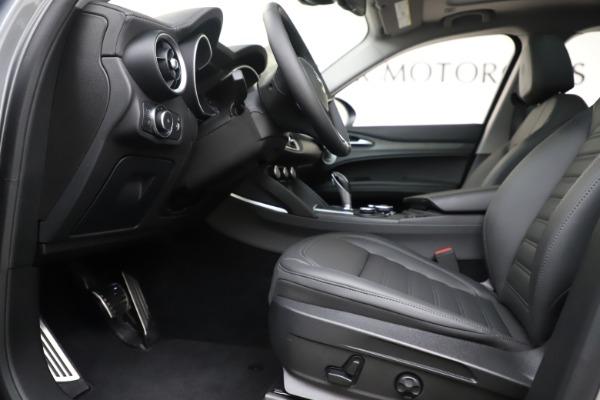 New 2019 Alfa Romeo Stelvio Ti Lusso Q4 for sale Sold at Aston Martin of Greenwich in Greenwich CT 06830 14
