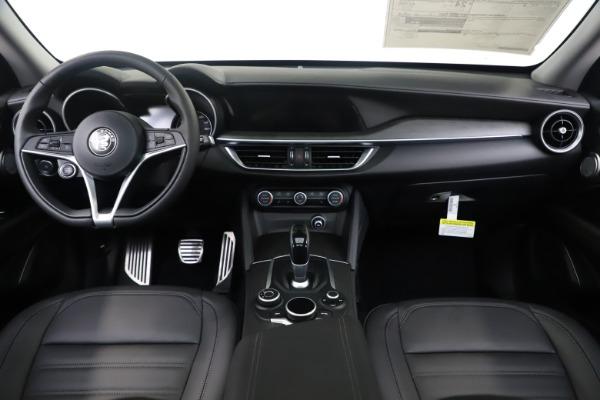 New 2019 Alfa Romeo Stelvio Ti Lusso Q4 for sale Sold at Aston Martin of Greenwich in Greenwich CT 06830 16