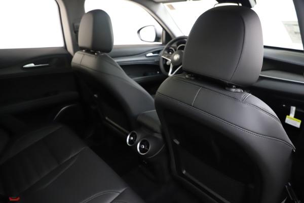 New 2019 Alfa Romeo Stelvio Ti Lusso Q4 for sale Sold at Aston Martin of Greenwich in Greenwich CT 06830 28