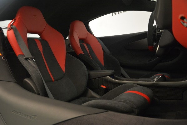 Used 2016 McLaren 570S Coupe for sale Sold at Aston Martin of Greenwich in Greenwich CT 06830 18