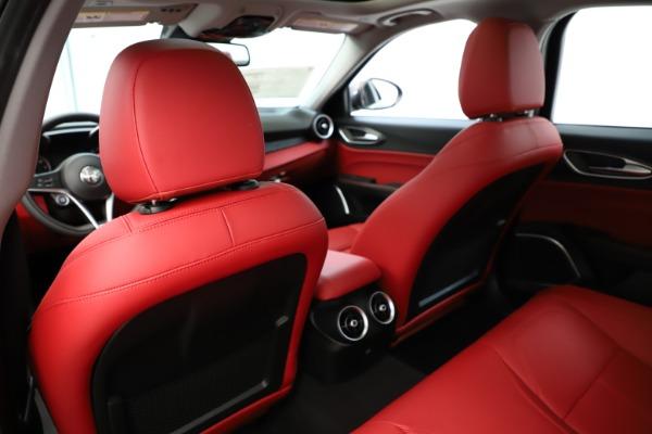 New 2019 Alfa Romeo Giulia Q4 for sale Sold at Aston Martin of Greenwich in Greenwich CT 06830 21