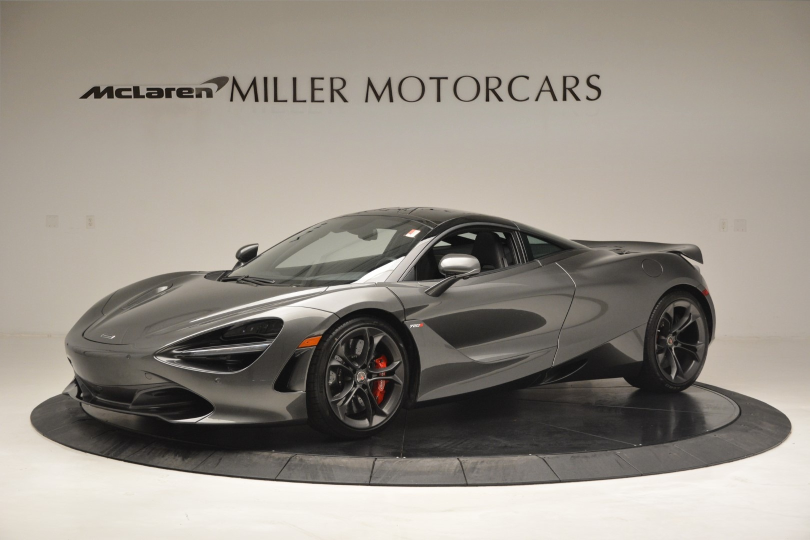 Used 2018 McLaren 720S for sale $269,900 at Aston Martin of Greenwich in Greenwich CT 06830 1
