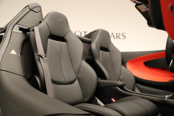 Used 2020 McLaren 600LT Spider for sale $249,900 at Aston Martin of Greenwich in Greenwich CT 06830 25