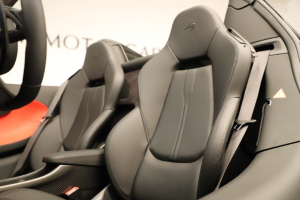 Used 2020 McLaren 600LT Spider for sale $249,900 at Aston Martin of Greenwich in Greenwich CT 06830 27
