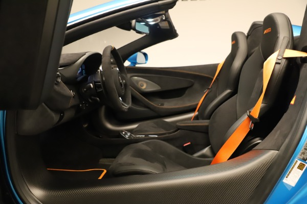 New 2020 McLaren 600LT SPIDER Convertible for sale Sold at Aston Martin of Greenwich in Greenwich CT 06830 28